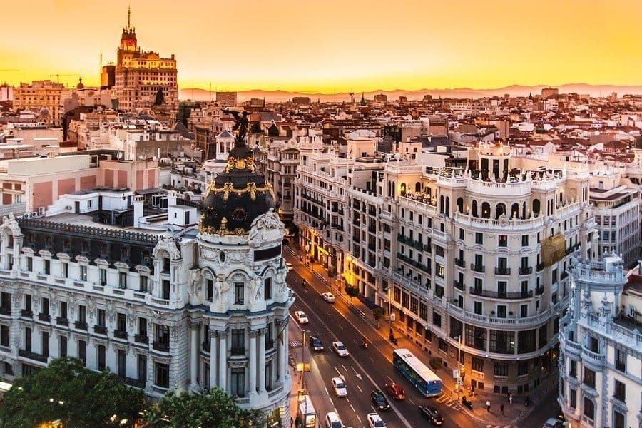 5 Money-Saving Tips for Your Vacation in Spain