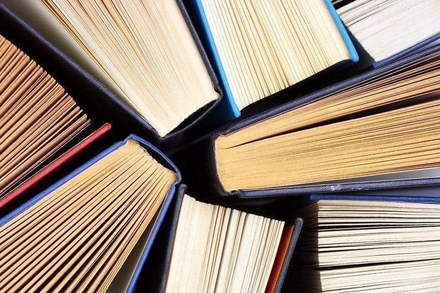 4 Best Books for Beginning Investors